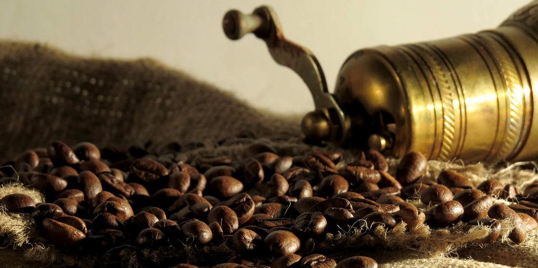 fictif-dupont-café